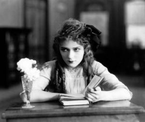 mary-pickford-poor-little-rich-girl-1917