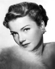 anne_baxter_publicity_photo