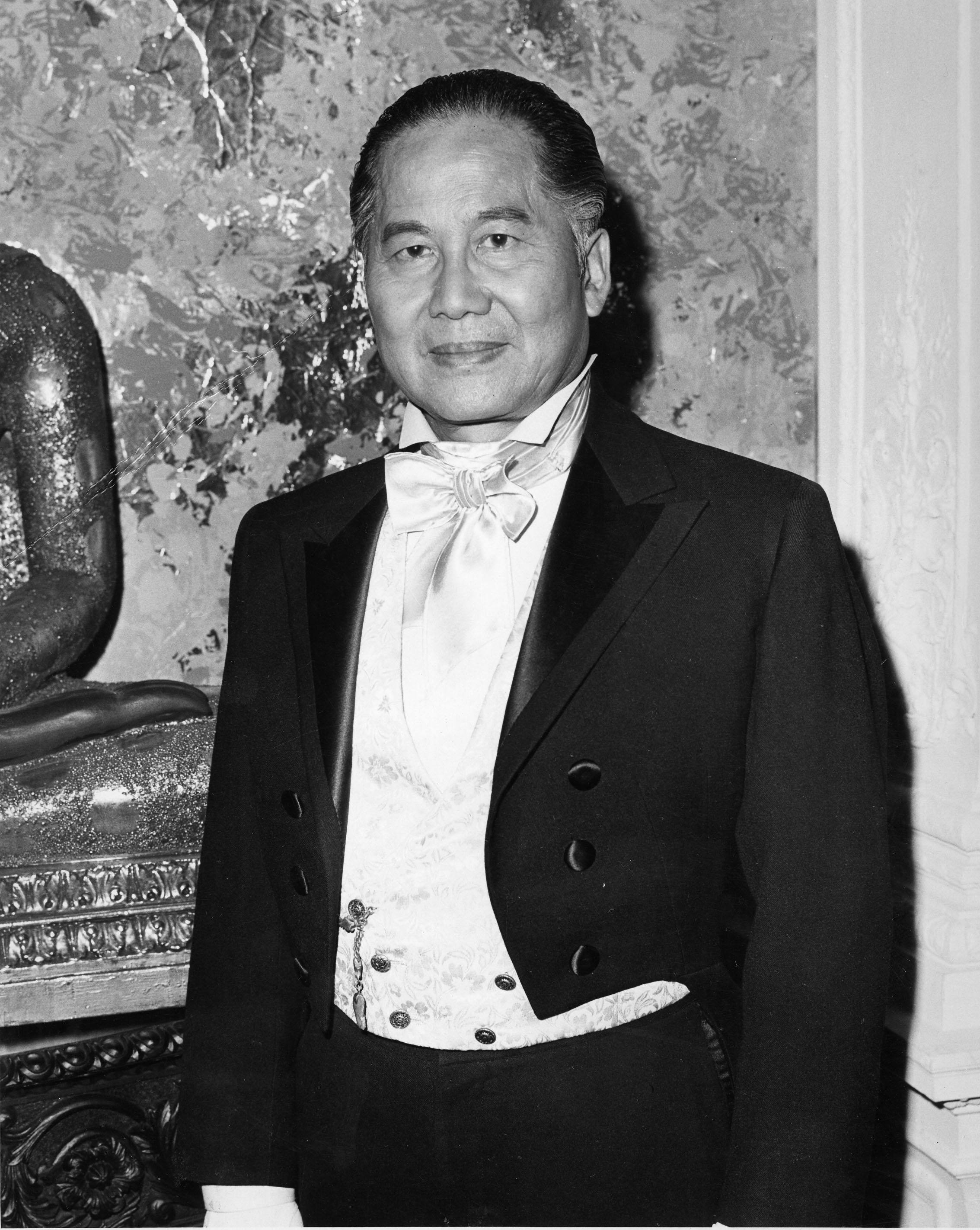 keye luke artwork